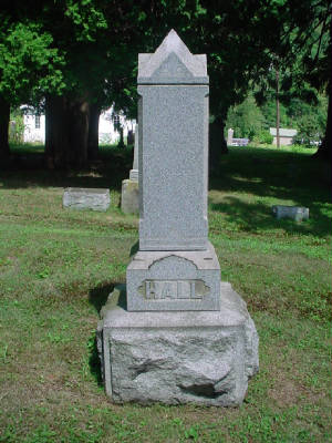 Genealogy/NB_to_right_rear_is_Jesse_Hall_Jrs_head_stone.JPG